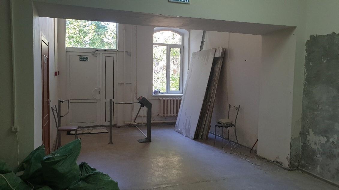 ГосЖилФонд проконтролировал ремонт на Театральной